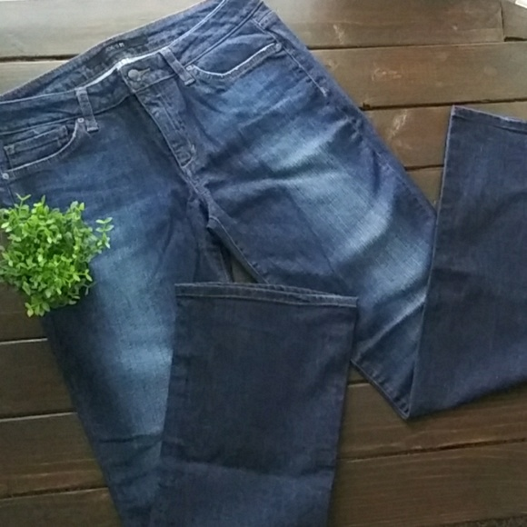 "Joe's Jeans Denim - *Like New* Joe's Jeans Dark ""Curvy Bootcut"" Sz 31"